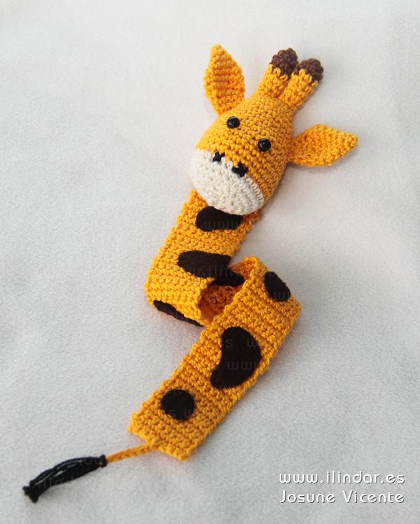 Marcapáginas jirafa crochet