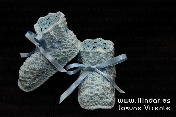 Patucos azules lazo